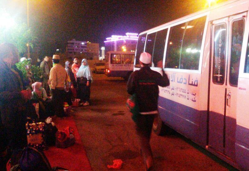 Jemaah umrah Indonesia bersiap pulang ke Tanah Air. Foto dok. KUHI