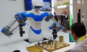 Robot Chess bermain Catur dengan Manusia. Foto IST