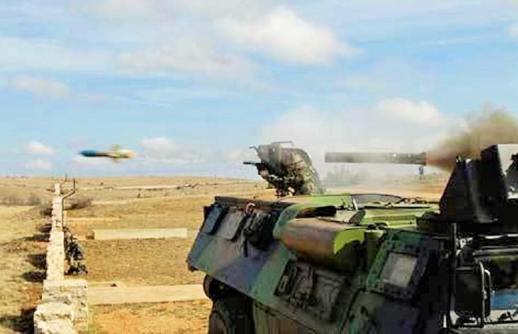 Rudal Milan diluncurkan dari panser Renault VAB 4×4/Foto : Dok. Indomiliter.com