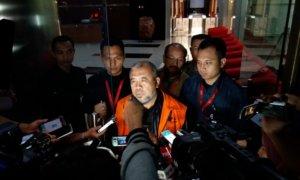 Patrialis Akbar di gedung KPK/Foto Restu Fadilah / NUSANTARAnews