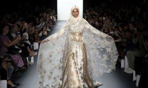Perancang Busana Muslim Sukses Tampilkan Hijab di New York Fashion Week/Foto: Dok. newsflash.com.ng
