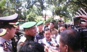 Pangdam V/Brawijaya usai menutup Pendidikan Pertama Secaba PK Tahun 2016 di Sukorejo Jember, Senin (13/02/2017)/Foto Sis24