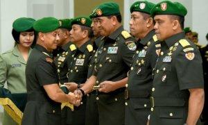 Kasad, Jenderal TNI Mulyono, memimpin sertijab Danpusterad, Pangdam Jaya dan Aspam Kasad/Foto Dok. Dispenad