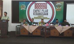 Ketum PPP Romahurmuziy saat berikan sambutan lomba cerdas cermat sosialisasi empat pilar di sekabupaten Kebumen/foto Dok. Pribadi/Nusantaranews