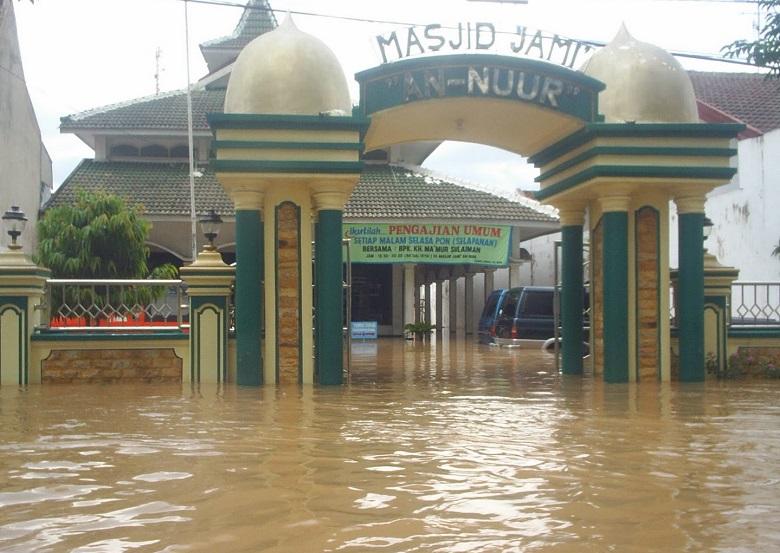 Masjid Jami An-Nuur Bojonegoro/Foto: starzieq