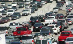 Salah satu jalanan di kota Los Angeles/Foto via Shutterstock