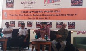 Sekjen Koperasi Jasa Transportasi Usaha Bersama, Musa Emyus dalam diskusi publik bertajuk 'Taksi dan Ojek Berbasis Aplikasi, Bagaimana Nasibmu Nanti?' di Hotel Mercure, Jakarta Barat, Rabu, (22/3/2017)/Foto Restu Fadilah / NUSANTARAnews