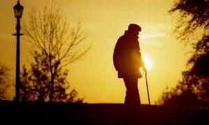 Lelaki tua di hari senja | Business Insider