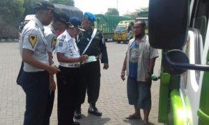 Operasi gabungan oleh petugas di pasuruan/Foto Dok. Pribadi/Nusantaranews