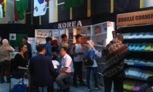"""Suasana """"Pameran dan Bazaar Buku"""" di acara Pekan Literasi Asia Afrika/Foto: Dok. @AsiAfricaMuseum"""