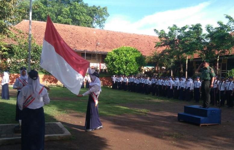 Upacara Pengibaran Bendera/Foto Dok. Pribadi/Nusantaranews