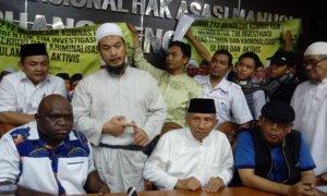 Ustad Sambo, Faizal Assegaf, Eggi Sudjana, Natalius Pigai dan Amien Rais di Kantor Komnas HAM di Jakarta Pusat. Foto RIchard Andika/NUSANTARAnews