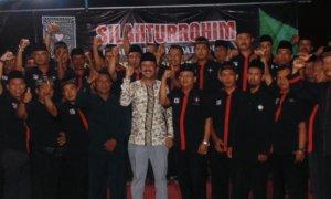 Bupati Ponorogo, Ipong Muchlissoni silaturahmi dengan Pendekar Silat PSHT/Foto Nur/Nusantaranews