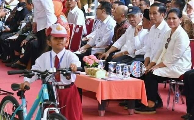 Foto Dari Akun Facebook Jokowi/Istimewa/Nusantaranews