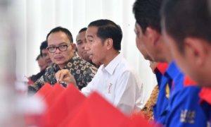 Presiden Makan Siang Bareng Pimpinan Buruh dan Menaker. Foto: Humas Kemnaker