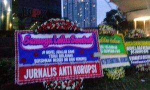 Karangan Bunga di Gedung KPK/Foto Restu Fadilah/Nusantaranews