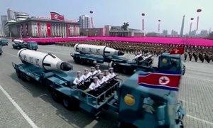 Peluncuran artileri serta rudal Korut. Foto Crop: YouTube