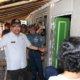 Wagub Jatim dan Danlantamal V meninjau rumah warga Program RTLH Pesisir di kecamatan Kencong Jember. Foto Tri Wahyudi
