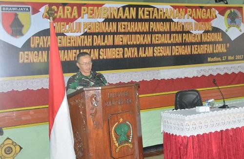 Komandan Korem 081/Dhirotsaha Jaya Kolonel Inf Piek Budyakto. Foto PenRem 081
