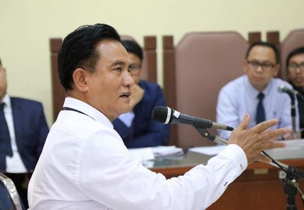 Pakar Hukum Tata Negara, Yusril Ihza Mahendra, saat menjadi saksi di sidang PTUN./Foto Dok. Humas DPD/Nusantaranews