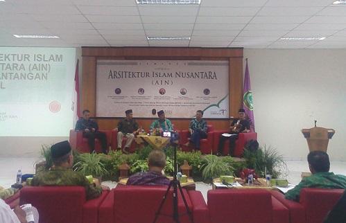 Seminar Arsitektur Islam Nusantara, Sabtu (06/05/2017). Foto Tri Muryani