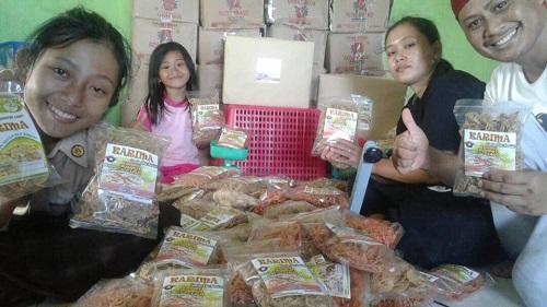 Dengan Modal 300 Ribu, Aktivis Nunukan Jadikan Rumput Laut Sebagai Kuliner yang Beromset Puluhan Juta. Foto Eddy Santry