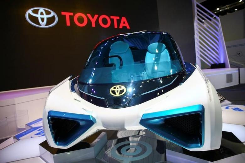 Kendaraan konsep sel bahan bakar hidrogen FCV Plus Toyota (Foto Reuters)