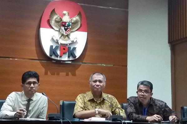 Ketua KPK Agus Rahardjo (Tengah)/Foto Restu Fadilah/Nusantaranews