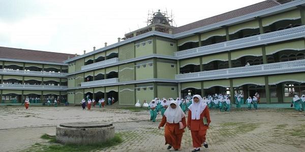 Pondok Pesantren Gontor. (Ilustrasi/Foto: Istimewa)