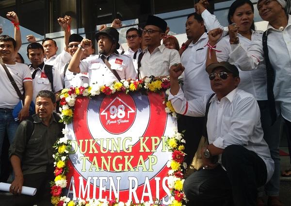 Rumah Gerakan 98 datangi KPK/Foto Restu Fadilah/Nusantaranews