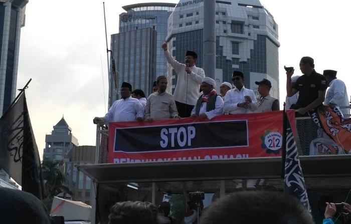 Aksi 287, Orator Bacakan 5 Resolusi Ini. Foto Bagus Mulyono/ Istimewa