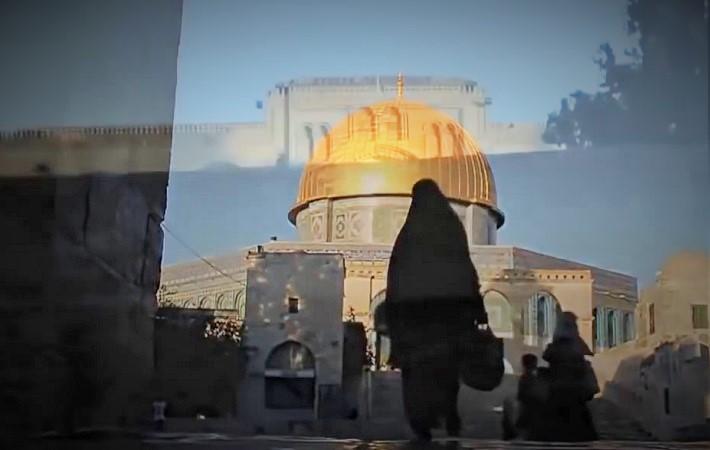 Ketika adzan berkumandang dari menara Masjidil Aqsa. Foto vis YouTube