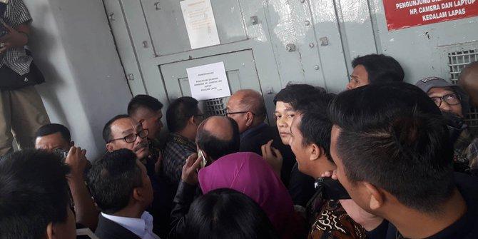 Pansus Hak Angket KPK datangi Lapas Sukamiskin/Foto via merdeka/Nusantaranews