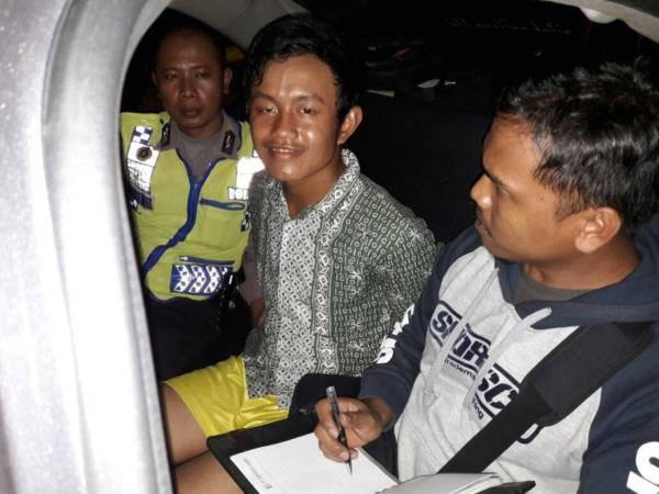 Perakit Bom Panci saat diamankan/Foto Ismewa/Nusantaranews