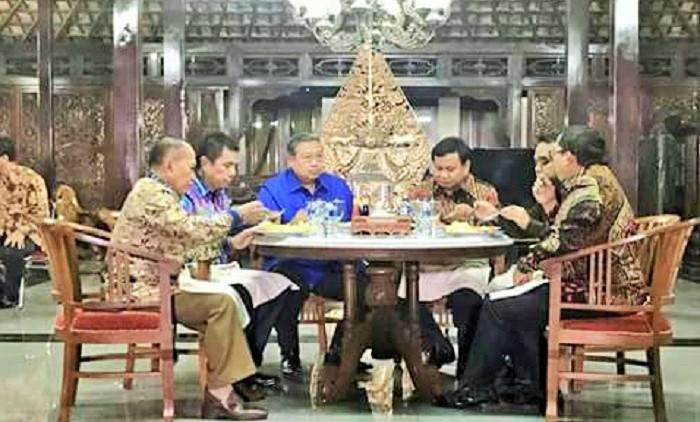 Santapan Makan malam pertemuan SBY-Prabowo di Cikeas. Foto: Net/WAG