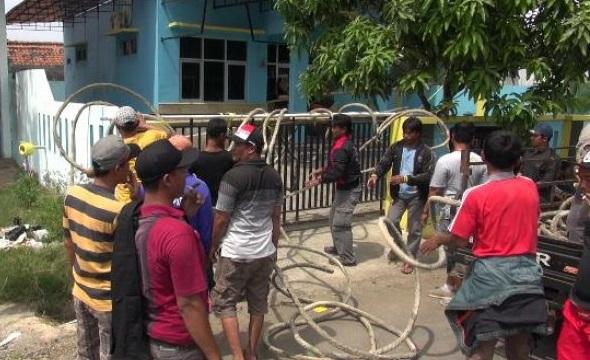 Setelah Disegel Nelayan, Kantor PSDKP Tegal Beroprasi. Foto: Dok. Tribun Jateng