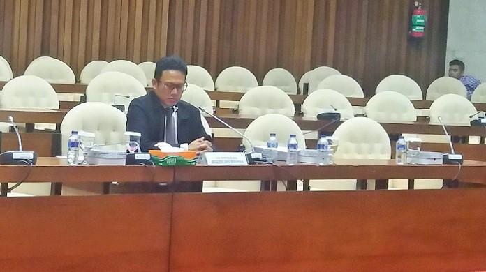 Direktur Penyidikan Komisi Pemberantasan Korupsi (KPK) Brigjen Aris Budiman saat penuhi panggilan Pnasus Hak Angket, Selasa (29/8/2017) malam. Foto Restu Fadilah/ Nusantaranews.co