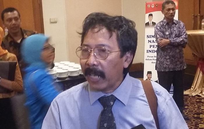 Deputi Bidang Bidang Pengkajian dan Meteri Unit Kerja Presiden Pembinaan Ideologi Pancasila (UKP-PIP), Prof Anas Saidi. Foto Ucok Al Ayubbi/ NusantaraNews.co