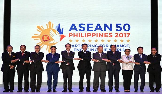 Para Menteri Luar Negeri ASEAN. (Foto: Reuters/Mohd Rasfan/Pool)