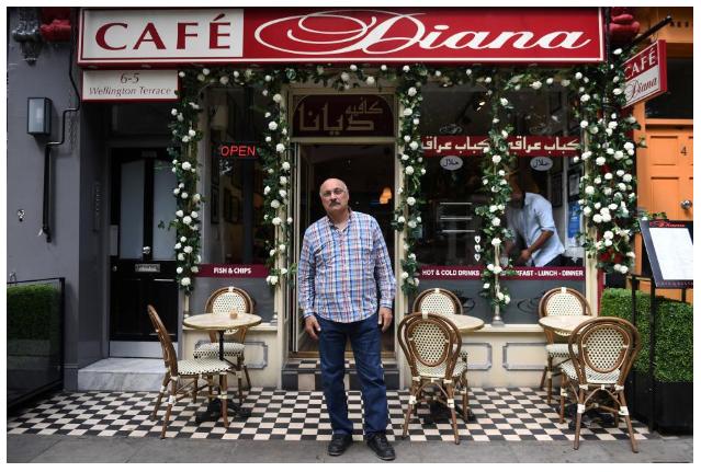 Abdul Daoud Pemilik Kafe Diana/Foto via Reuters/Nusantaranews