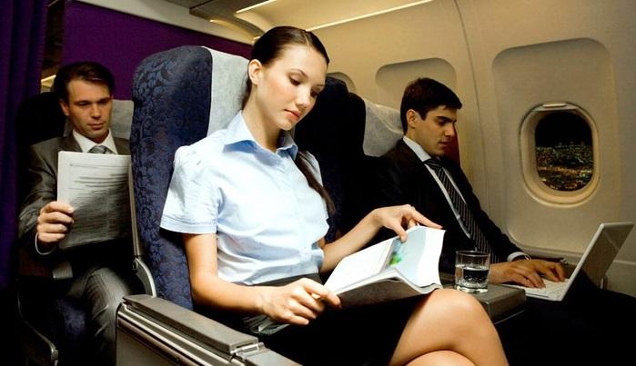 Cara hilangkan kecemasa dalam pesawat. Foto: Dok. KiSSFLOW