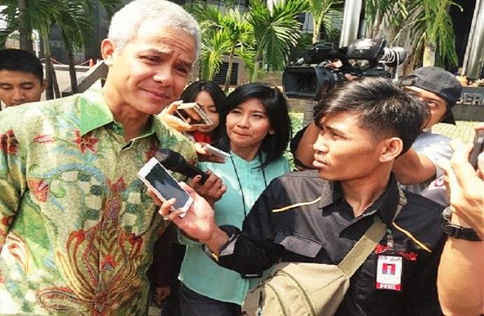 Gubernur Jawa Tengah (Jateng) Ganjar Pranowo di Gedung KPK, Jakarta Selatan, Selasa (4/7/2017). (Foto: Restu Fadilah/Nusantaranews)