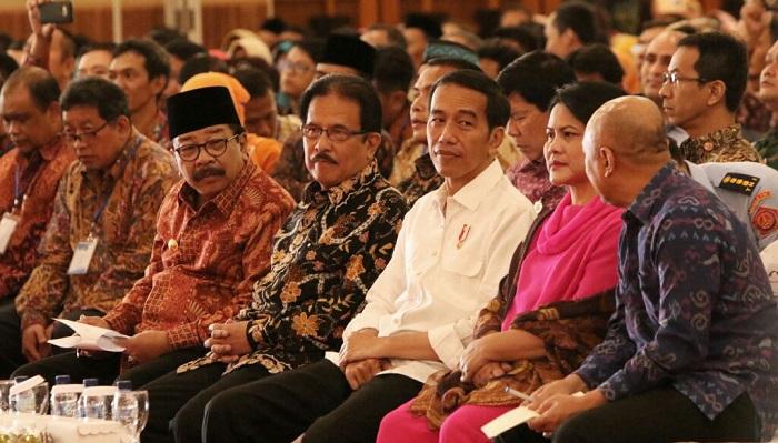 Presiden dan Ibu Negara. Foto: Tri Wahyudi/ NUSANTARANEWS.CO
