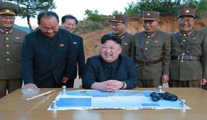 Pemimpin Korea Utara KIm Jong-un terus melakukan uji coba rudal meski diancam Amerika Serikat dan negara sekutu. Foto: Getty Images