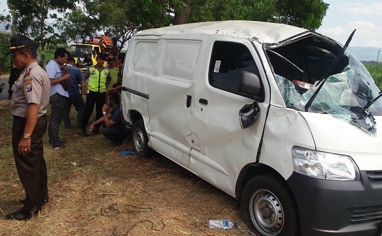 Kondisi Mobil Pengangkut Uang Setelah Kecelakaan/Foto Nur Kholis/Nusantaranews