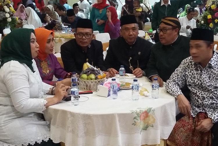 Menteri Hanif Dakhiri Tampak Bersama Tamu Undangan/Foyo Ucok/Nusantaranews