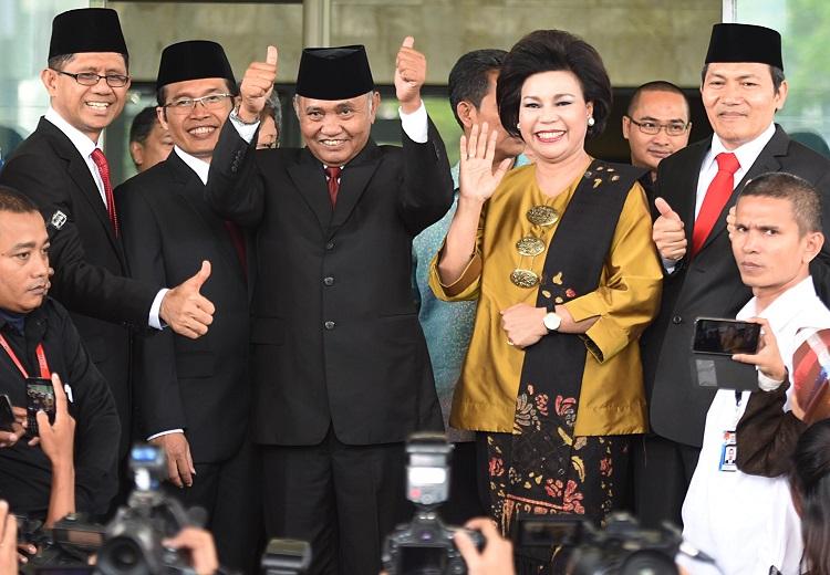 Para Anggota KPK/Foto via rappler/Nusantaranews