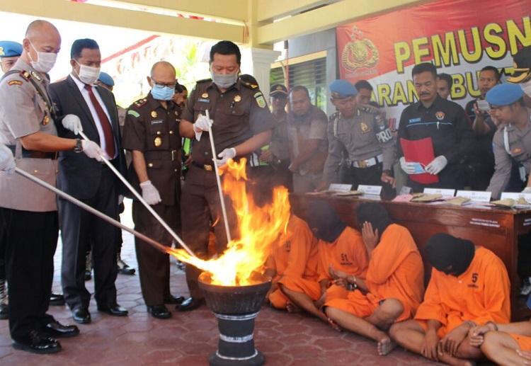 Pemusnahan narkotika jenis sabu seberat 3,36 gram/Foto Mahdi/Nusantaranews