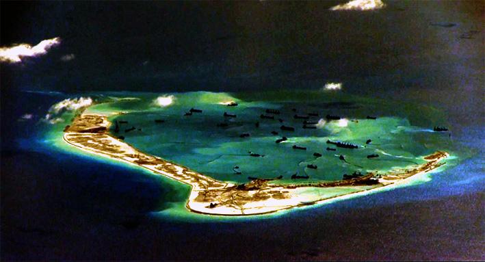 Ilustrasi Pulau Buatan Cina/REUTERS/ U.S. Navy/Handout