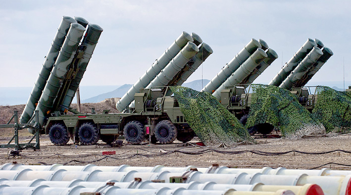 Sistem pertahanan udara terpadu Rusia atau Anti-aircraft defense system S-400 Triumph of an air defense. (Foto: Sputnik/Sergey Malgavko)Anti-aircraft defense system S-400 Triumph of an air defense